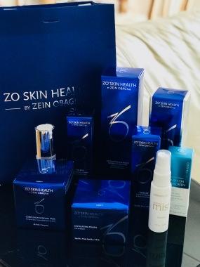For mer enn 30 år siden skapte Dr. Zein Obagi det velkjente konseptet «hudhelse» og utviklet behandlinger og krem programmer for ulike hudtyper med det målet å sikre vedvarende løsninger for å oppnå sunn hud. Det er produkter som pleier huden, beskytter mot miljøskader og vedlikeholder resultatet av den terapeutiske behandlingen.