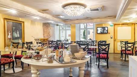 Meriton_hotell_dining